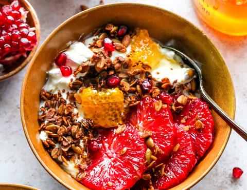 Protein Granola Breakfast Bowls